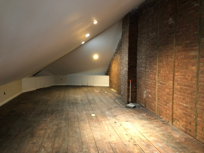 Apartment with attic for storage